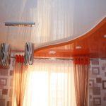 Фото 17: Натяжной потолок в кухне