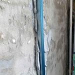 Фото 11: Как штукатурят стены по маякам
