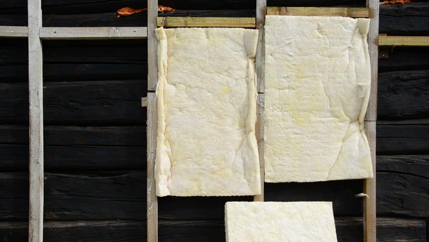 Установка каркаса для обрешетки - подготовка к утеплению фасада