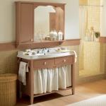 Фото 2: Тумбочка с зеркалом для ванной