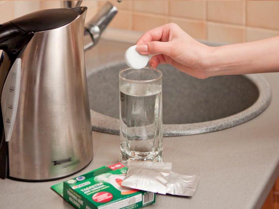 Как отмыть чайник от накипи