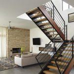 Фото 29: Лестница в доме