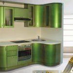 Фото 23: Салатовая угловая кухня