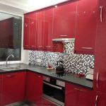 Фото 76: Кухня красного цвета