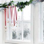Фото 68: Украшение карниза окна