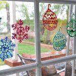 Фото 75: Рисунке на окне витражными красками