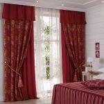 Фото 34: Красные и бордовые шторы