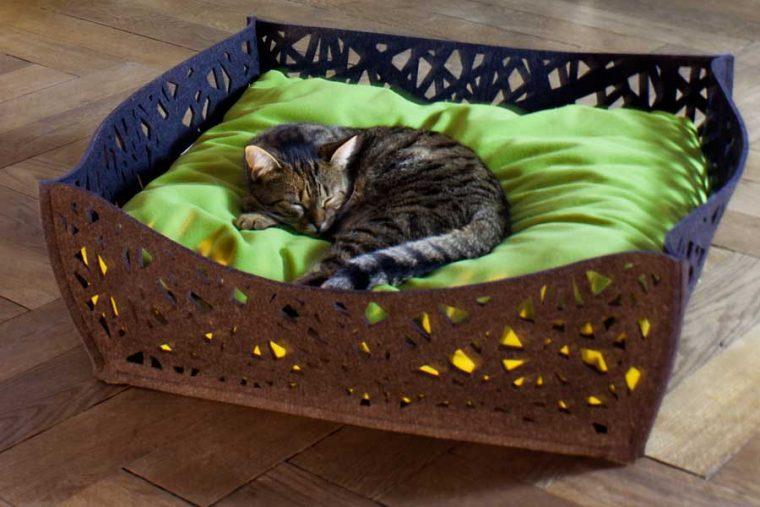 Интересные и нестандартные варианты домика для кошки