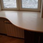Фото 33: Стол и подоконник