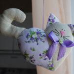 Фото 87: Подушка кот сердечком