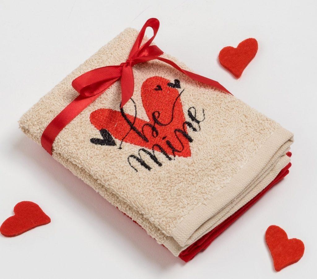 Полотенца на День Валентина