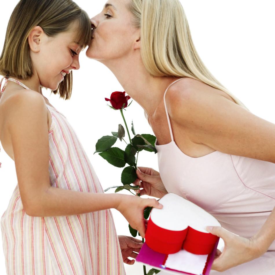 Поздравление мамы в День Валентина