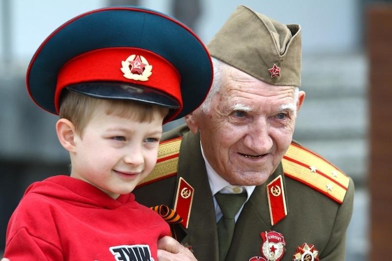 Поздравление ветеранов на 23 февраля на День Защитников Отечества