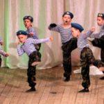 Фото 42: Танец синих беретов для детей на 23 февраля