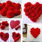 Фото 90: Декор подушки сердцем из помпонов