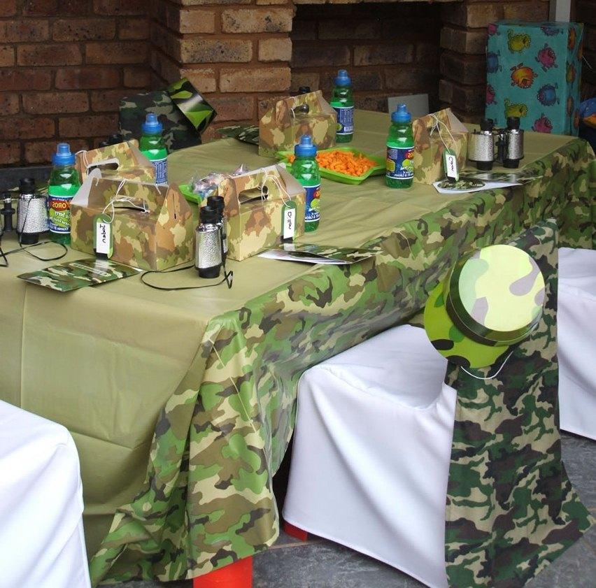 Идея декора стола для корпоратива на 23 февраля