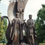 Фото 28: Памятник Святым Петру и Февронии в Самаре