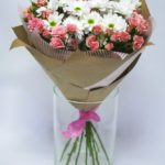 Фото 115: Букет из роз и хризантем на 8 марта