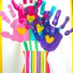 Фото 98: Сделать цветы в вазе ладошками своими руками на 8 марта