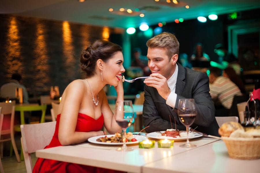 Романтический ужин для девушки в подарок