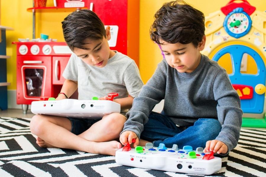 Синтезаторы для малышей в подарок