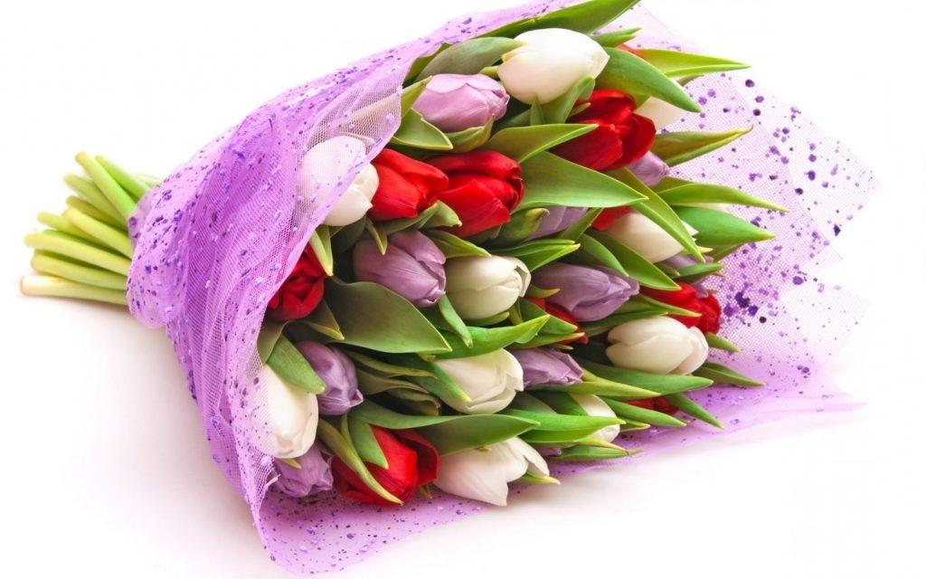 Как выбрать красивый букет на 8 марта