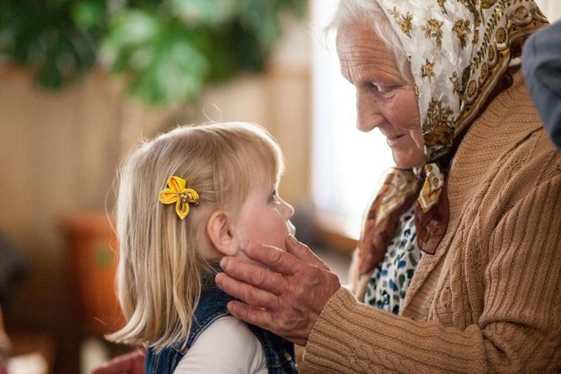 Бабуля и ее внучка