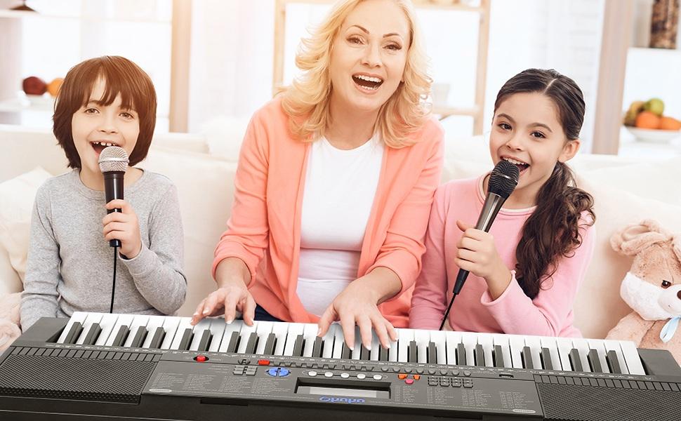 Домашний концерт для бабушки на 8 марта