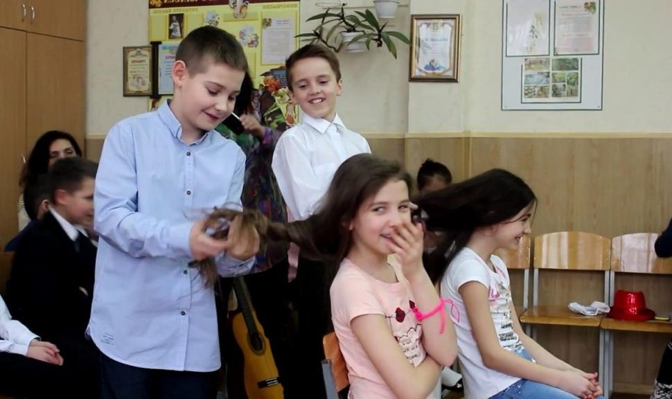 Конкурс заплести косу на 8 марта для детей