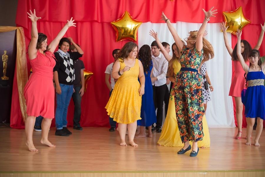 Танцевальный конкурс на корпоратив на 8 марта