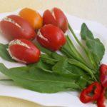 Фото 16: Тюльпаны из помидоров с щавелем