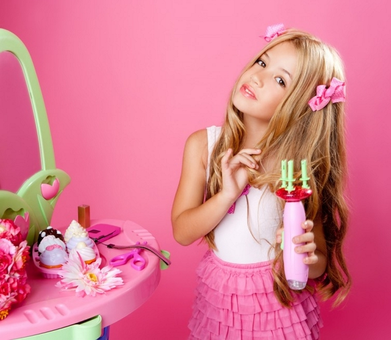 Украшения для волос в подарок девочкам к 8 марта