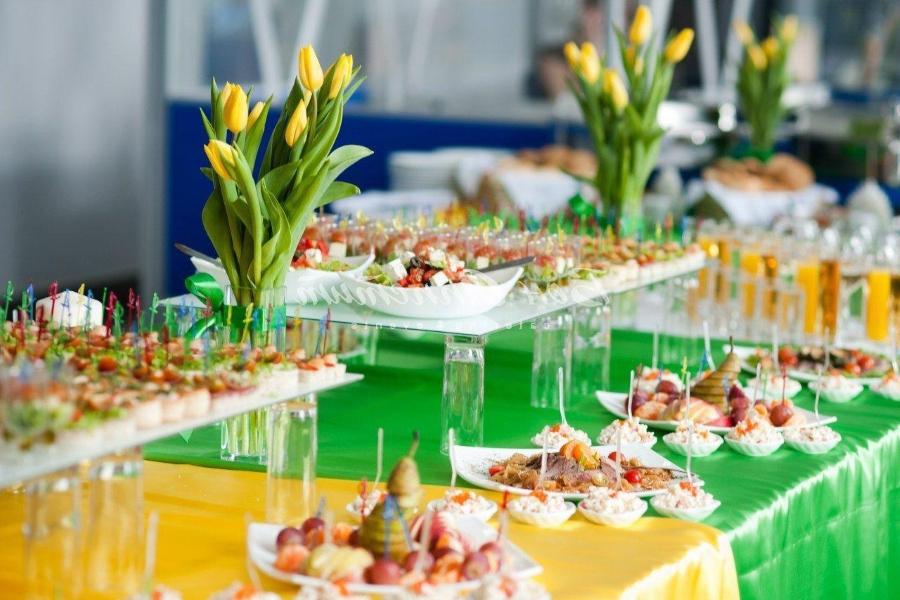Легкие закуски на стол на 8 марта
