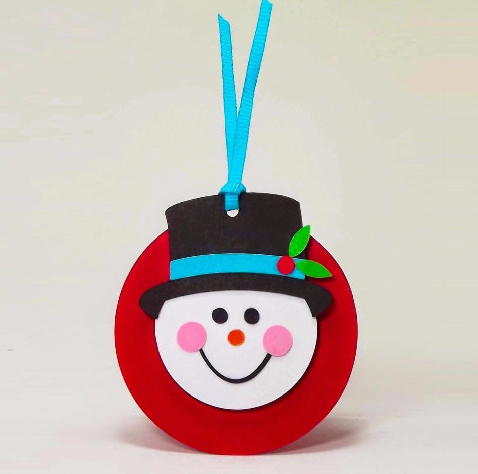 Круглая открытка снеговик