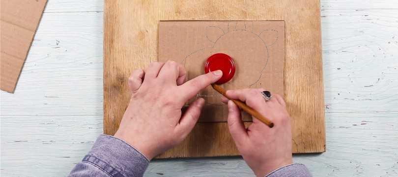 Приклеить магнит на картон