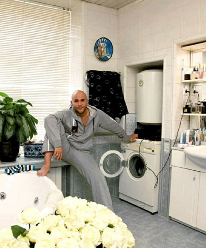 Ванная комната в апартаментах Аверина