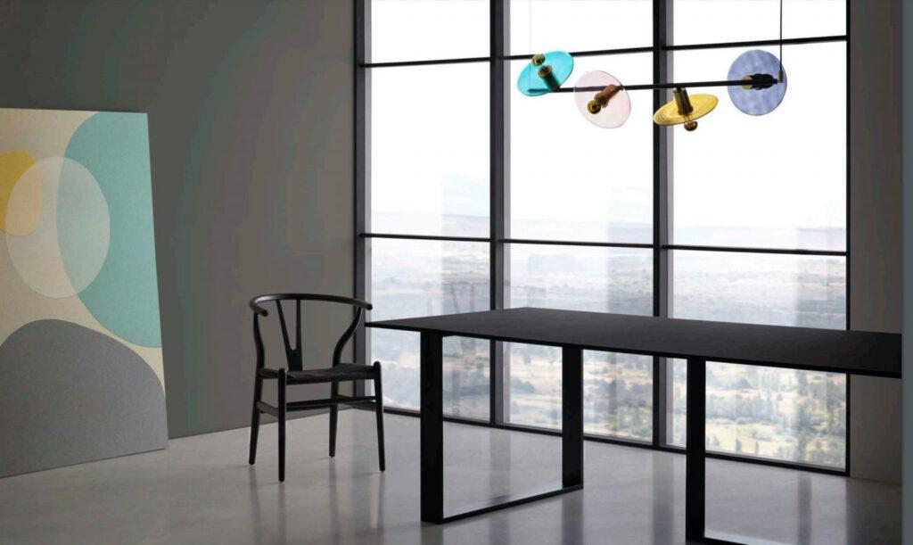 Оригинальный светильник Ohlala может стать арт-объектом в современном интерьере