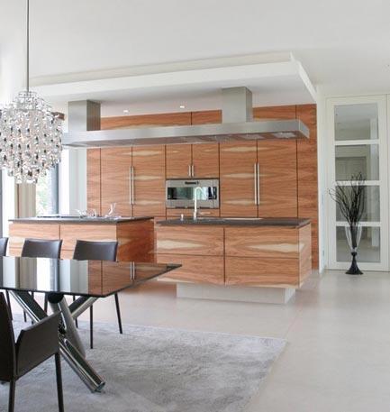 Подвесной потолок на кухне из панелей своими