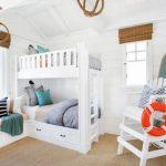 Фото 24: Детская комната в виде прибрежного коттеджа