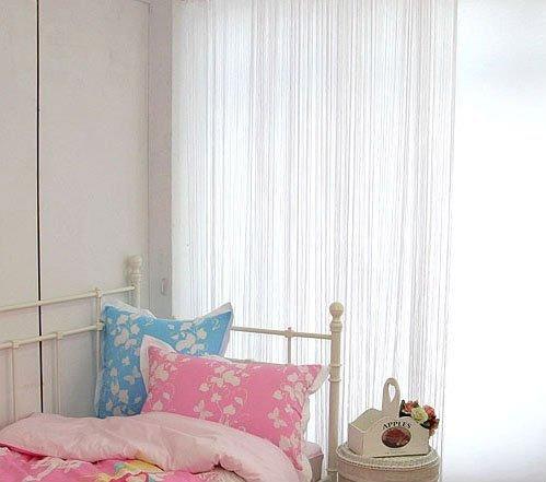 Нитяные шторы в интерьере детской комнаты