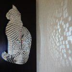 Фото 64: Зеркальные часы мозаика в виде кошки