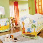 Фото 96: Кроватка - люлька с рисунками для новорожденных