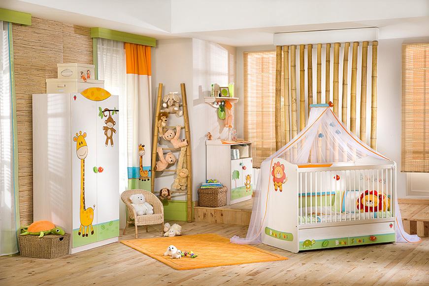 Пол в комнате для новорождённого