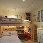 Фото 64: Подсветка зон спальни в детской для двух детей