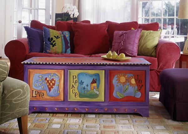 Сундук в детской комнате - функциональный предмет декора