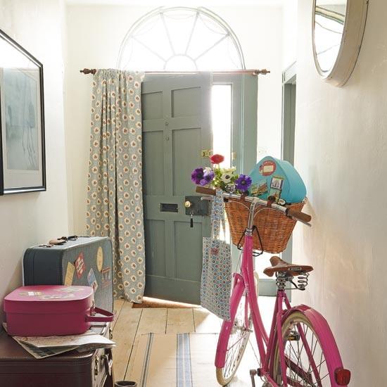 Хранение велосипеда в прихожей