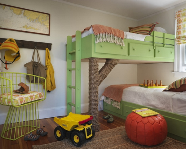 В отделке детской комнаты нужно сочетать яркие аксессуары и нейтральный фон