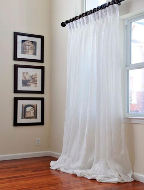 Качественные белые шторы в интерьере