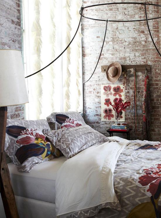 красивые спальни в классическом стиле