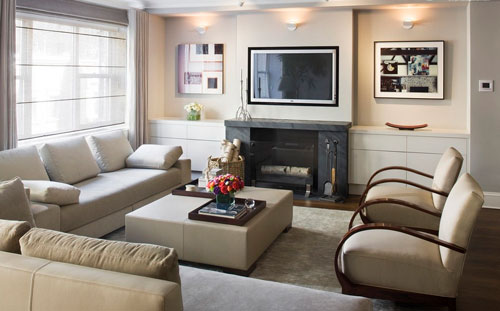 Оптимальный размер телевизора в планировке квадратной гостиной